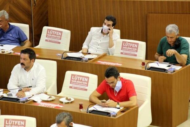 Meclis üyelerinin 'maske'yle imtihanı