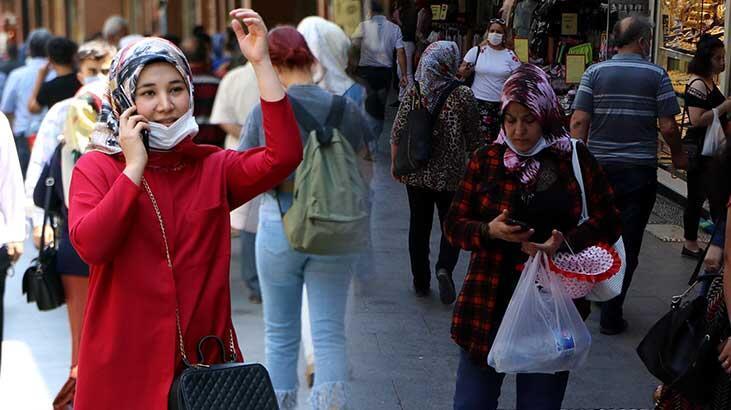 Vaka sayısının arttığı Gaziantep'te sosyal mesafe ve maske yine unutuldu