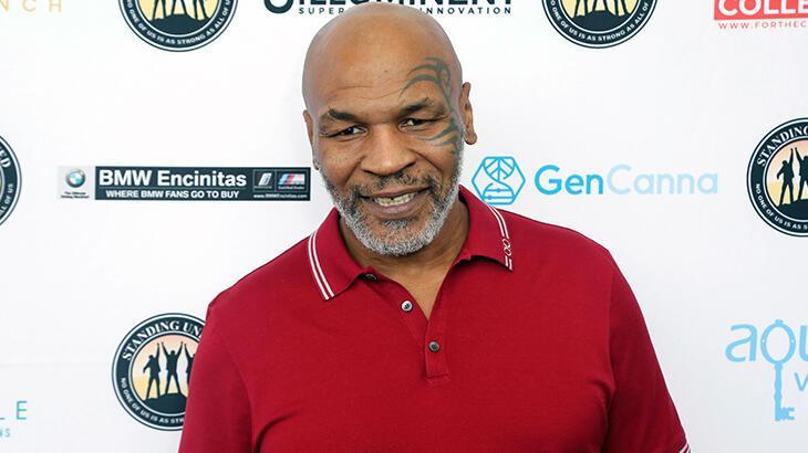 Mike Tyson'ın ringe dönüş maçı 2,5 ay ertelendi