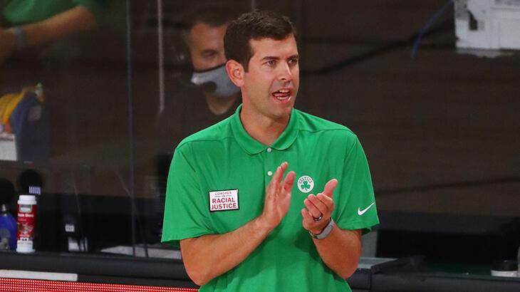 Boston Celtics, başantrenörü Brad Stevens'ın sözleşmesini uzattı