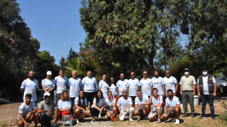 Caretta carettalara üçlü korumaya, yabancı öğrenciler de katıldı
