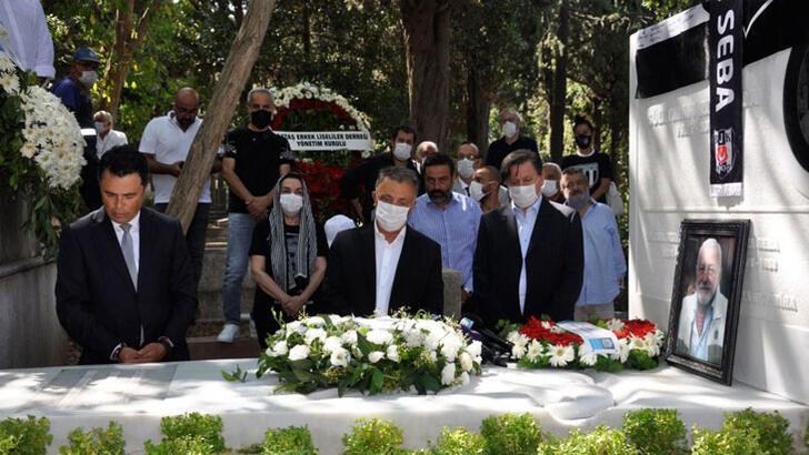 Beşiktaş'ın Onursal Başkanı Süleyman Seba mezarı başında anıldı