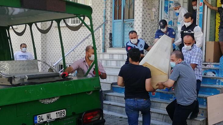 İstanbul'da aile faciası! İntihar eden annesini gördü, bileklerini kesti