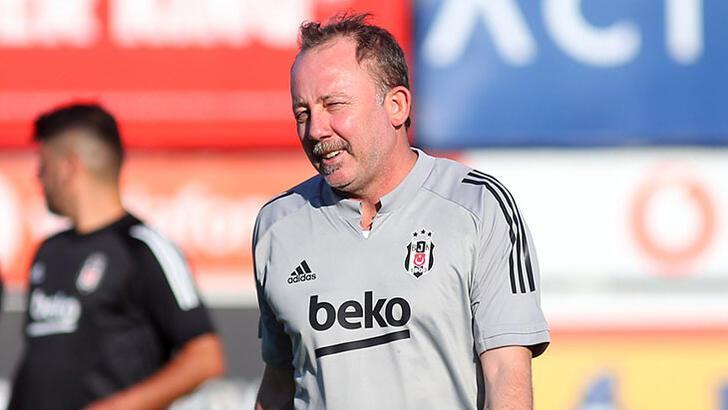 Beşiktaş'ta dikkat çeken görüntü! Sergen Yalçın...