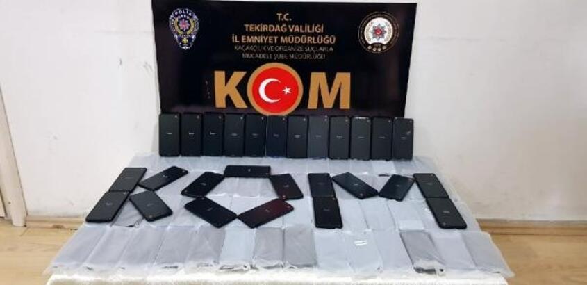 Tekirdağ'da, 100 adet kaçak cep telefonu ele geçirildi