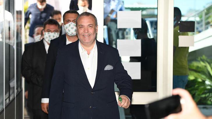 Bursaspor'da tek başkan adayı Erkan Kamat oldu