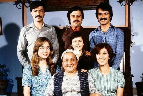 Aile Şerefi ne zaman, kaç yılında, nerede çekildi? İşte Aile Şerefi filmi oyuncuları