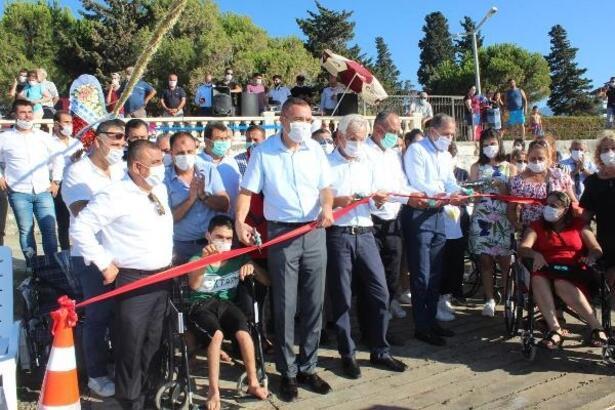 Arsuz'da engellilerin denize girebilmesi için rampa yapıldı