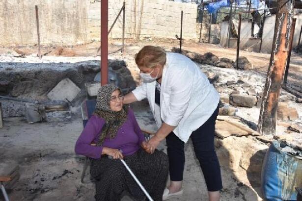 Başkan Erdem, yangında evleri zarar gören aileleri ziyaret etti