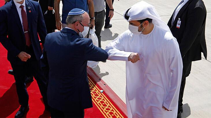 """Arap medyasında """"İsrailli heyetin Abu Dabi'ye yaptığı ziyaretin"""" yansımaları"""
