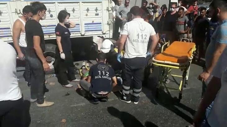 Beyoğlu'nda motosikletle minibüs çarpıştı: 1 yaralı