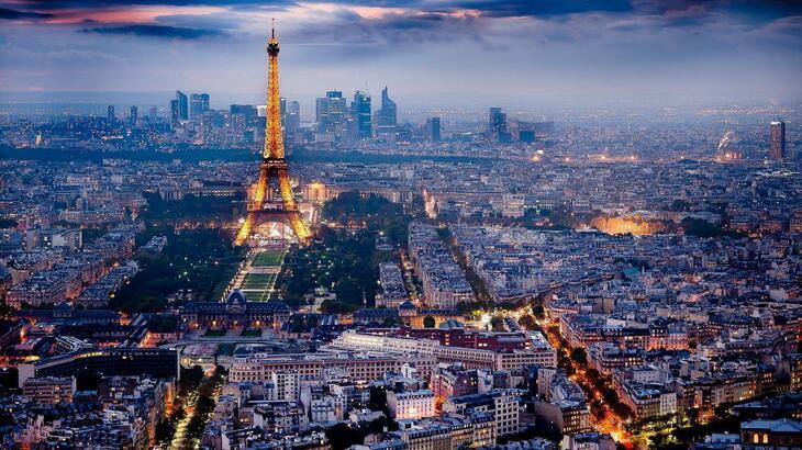 Fransa Hakkında Bilgiler; Fransa Bayrağı Anlamı, 2020 Nüfusu, Başkenti, Para Birimi Ve Saat Farkı
