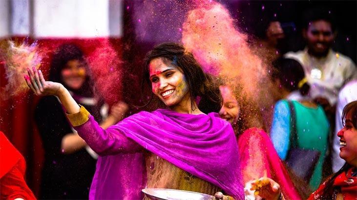 Hindistan Hakkında Bilgiler; Hindistan Bayrağı Anlamı, 2020 Nüfusu, Başkenti, Para Birimi Ve Saat Farkı