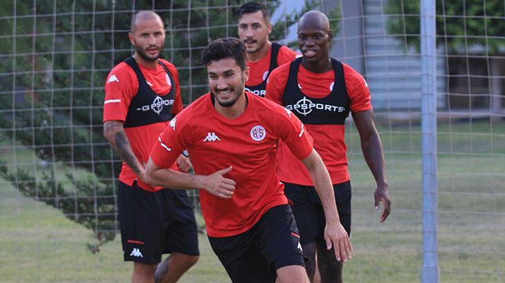 Nuri Şahin: Antalyaspor projeleriyle beni çok heyecanlandırdı