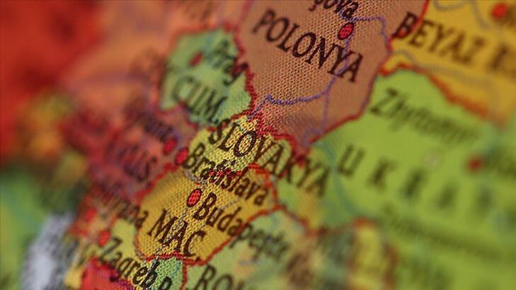 Slovakya Hakkında Bilgiler; Slovakya Bayrağı Anlamı, 2020 Nüfusu, Başkenti, Para Birimi Ve Saat Farkı