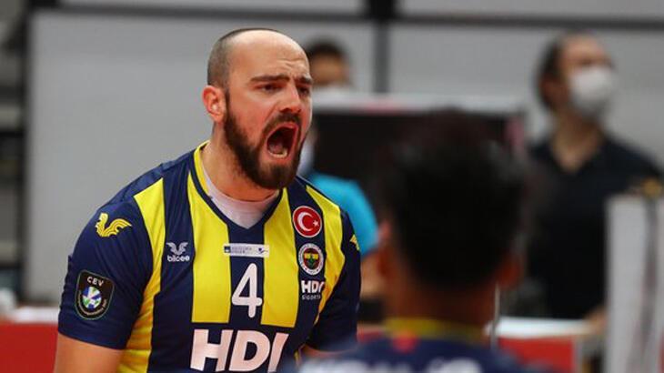 Fenerbahçe HDI Sigorta, AXA Sigorta Erkekler Şampiyonlar Kupası'nı kazandı