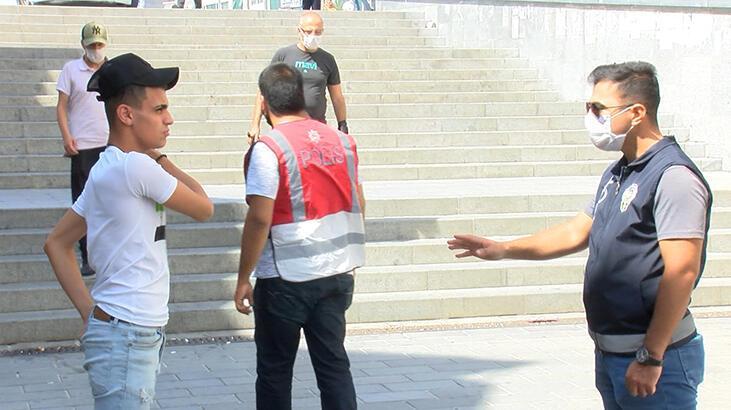 Esenyurt'ta maske denetiminde 20 kişiye para cezası kesildi