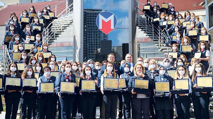 İstanbul'a  88 kadın metro sürücüsü daha