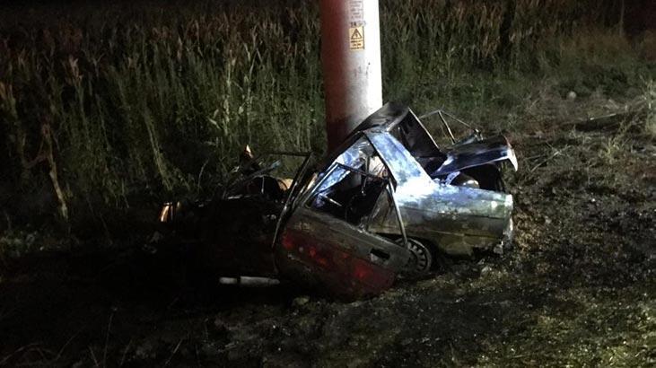 Adana'da feci kaza! Otomobil alev alev yandı