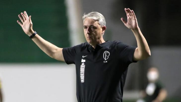 Corinthians'ta teknik direktör Tiago Nunes'in görevine son verildi