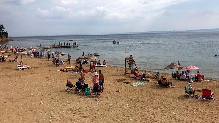 Saros'ta yerli turist hareketliliği devam ediyor