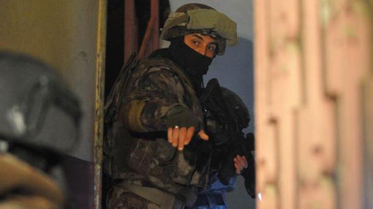 7 ilde FETÖ'nün askeri yapılanmasına operasyon: 12 gözaltı