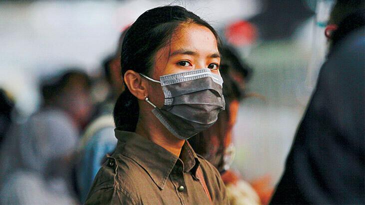 Endonezya'da koronavirüs kısıtlamaları geri döndü!