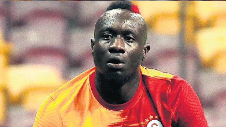Galatasaray haberleri   Fatih Terim'den Bakü'de rotasyon