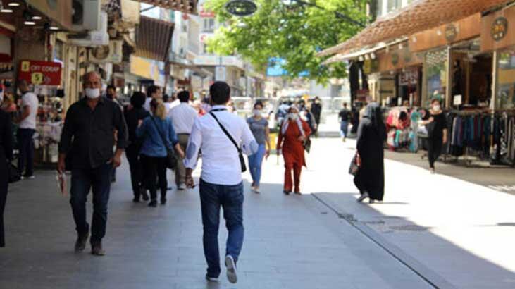 Gaziantep'te 1479 kişiye 'maske' ve 'mesafe' cezası