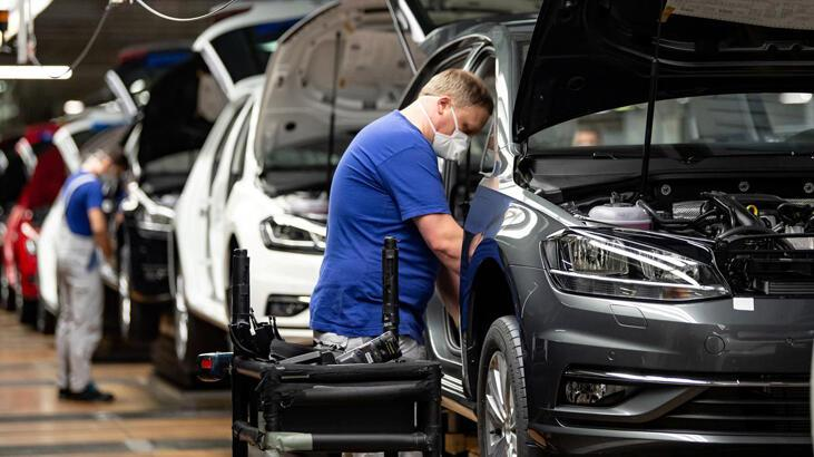 Almanya'da imalat sanayi istihdamında sert düşüş