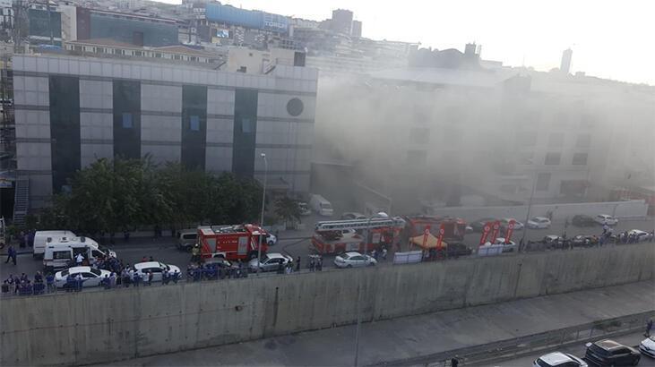 Son dakika...  İstanbul'da sanayi sitesinde yangın