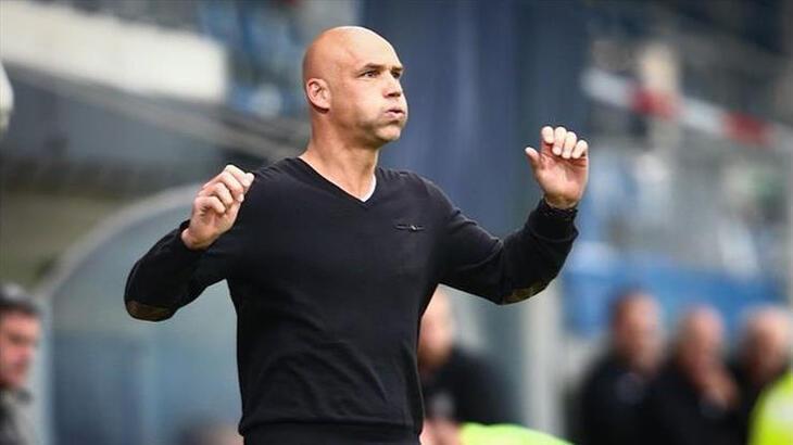 Vitesse'de teknik direktör Letsch dahil 8 kişi koronavirüse yakalandı