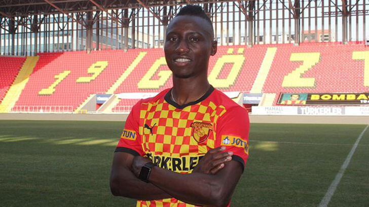 Transfer haberleri   Göztepe, Obinna Nwobodo'yu transfer etti