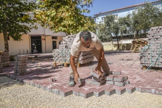 Kepez'den Barınaklar Camii'ne parke