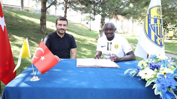 Senegalli Assane Diousse resmen Ankaragücü'nde!