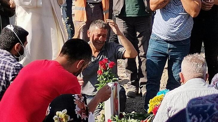 Son dakika... Ümitcan Uygun'un annesi Gülay Uygun toprağa verildi!