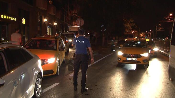 Beşiktaş'ta trafik kazası! Taksi takla attı, 2 yaralı var