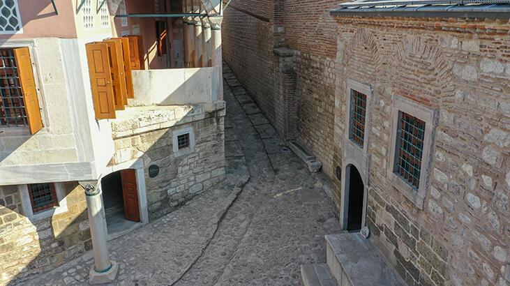 Padişahların gizli yolu Topkapı Sarayı'nda ziyarete açıldı