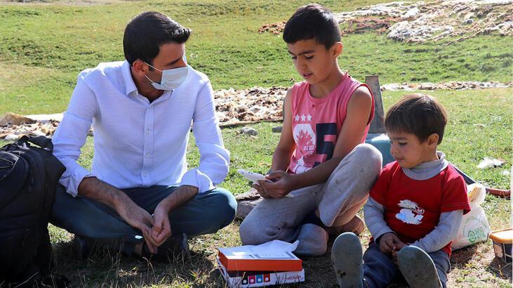 THY çalışanı çocuklar için tablet bilgisayar kampanyası başlattı