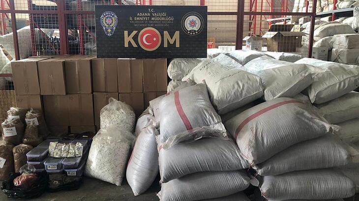 Adana'da 205 bin liralık kaçak çay ve tütün ele geçirildi!