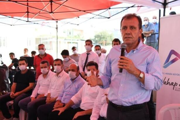 Başkan Seçer, Tarsus'ta vatandaşların sorunlarını dinledi