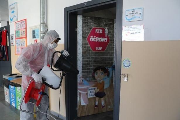 Kocasinan'da okullar dezenfekte edilerek eğitime hazırladı
