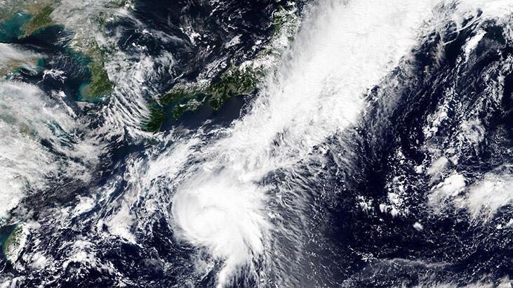 Tropikal fırtına paniği... Ülke alarma geçti!