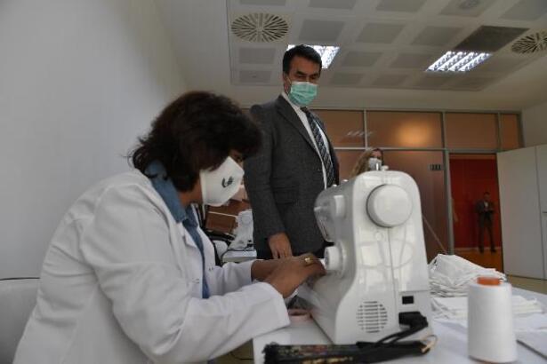 Osmangazi Belediyesi'nden öğrencilere maske