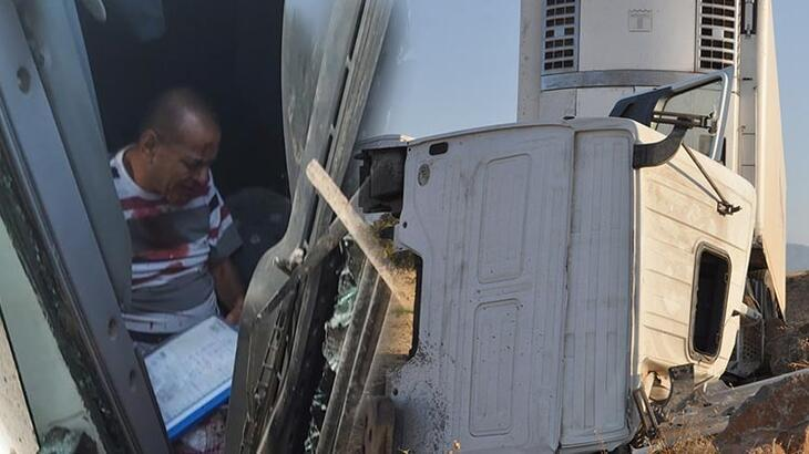 Gaziantep feci kaza! TIR'ın şoförü yaralandı