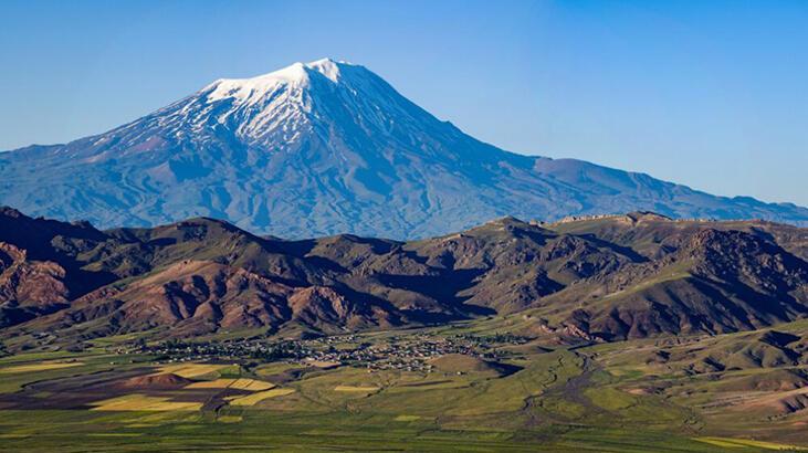 Ağrı Dağı Iğdır'ın Neresindedir, Nasıl Oluşmuştur? Yüksekliği Ve Diğer Özellikleri