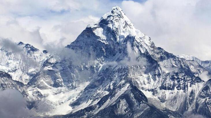 Everest Dağı Nerededir, Nasıl Oluşmuştur? Yüksekliği Ve Diğer Özellikleri