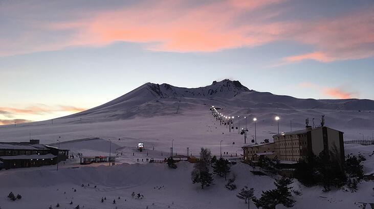 Erciyes Dağı Kayseri İlinde Nerededir, Nasıl Oluşmuştur? Yüksekliği Ve Diğer Özellikleri