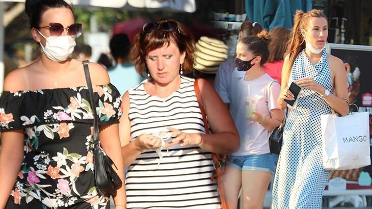 Turistler maske ve sosyal mesafe konusunda duyarsız!