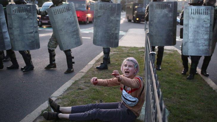 Belarus'ta yüzlerce gözaltı daha